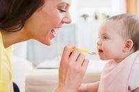 6 lưu ý quan trọng dành cho trẻ vừa bú mẹ vừa ăn dặm để luôn khỏe mạnh