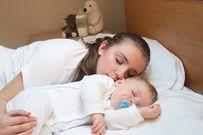 Chia sẻ 7 cách hay giúp trẻ sơ sinh nín khóc ngay lập tức mẹ nhàn tênh