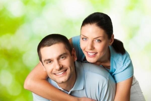 13574-happy-couple-outdoors.jpg