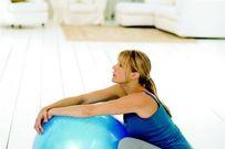 Mẹ nào chuẩn bị sinh tham khảo ngay 7 tư thế giảm đau nhanh khi chuyển dạ, dễ sinh nè