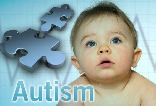 Dấu hiệu cảnh báo sớm rối loạn tự kỷ ở trẻ sơ sinh