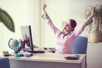 Cách giảm mỡ bụng cho những cô nàng công sở cả lúc làm việc
