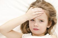 Sốt siêu vi ở trẻ em và cách chăm sóc hiệu quả tránh biến chứng nguy hiểm