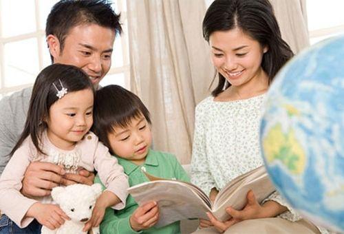 Tâm lý trẻ lên 4 và những bước phát triển mới mẻ ba mẹ cần biết