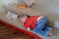 Những kiểu tạo dáng khi ngủ siêu dễ thương của bé