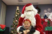 Những ông già Noel khiến trẻ con... sợ hãi