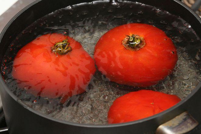 luộc cà chua