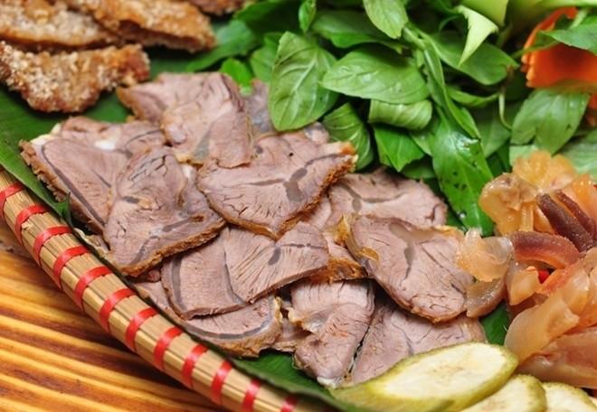 thịt bò hấp cùng gừng sả