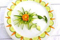 4 mẫu tỉa rau củ đẹp mắt trang chí cho mâm cỗ thêm phần hấp dẫn