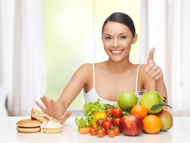 thay vì cố giảm cân bạn hãy ăn uống hợp lý hơn