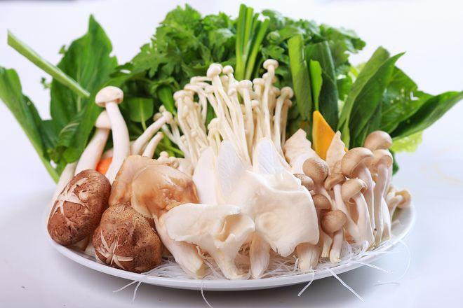 nấm nấu lẩu