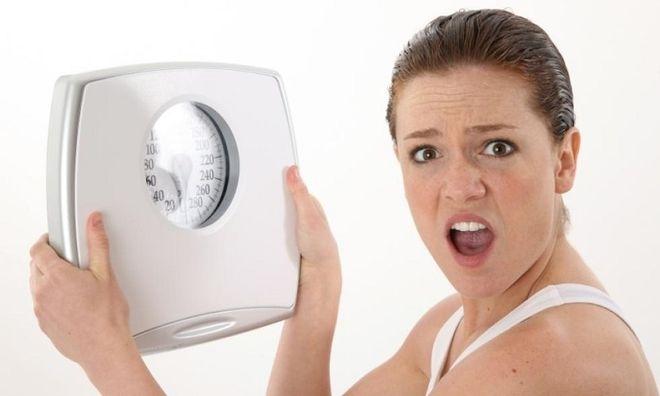phụ nữ nên kiểm soát cân nặng bản thân