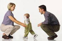 Lý do trẻ chậm biết đi và cách khắc phục hiệu quả
