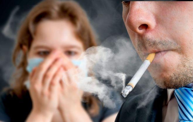 Những người phụ nữ hít nhiều khói thuốc sẽ dẫn đến việc khó thụ thai và khiến trứng bị dị tật ảnh hưởng đến thai nhi