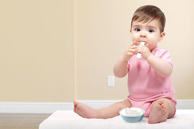 trẻ 6 tháng tuổi