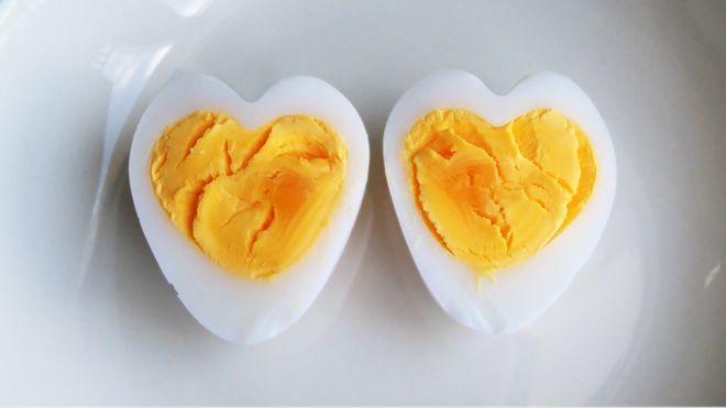 Trứng hình trái tim