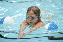 Bơi có tăng chiều cao thật sự cho trẻ hay không?