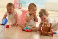 Mẹ nên cho bé đi nhà trẻ khi nào là thích hợp?