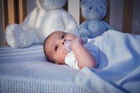 Bé khó ngủ - giải mã nguyên nhân và gợi ý khắc phục