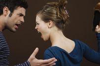 Vợ tằn tiện tích cóp tiền đi đẻ, chồng nhẫn tâm chôm tiền cho gái