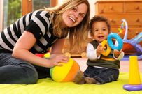 Tập cho bé đi nhà trẻ như thế nào để trẻ ít khóc?