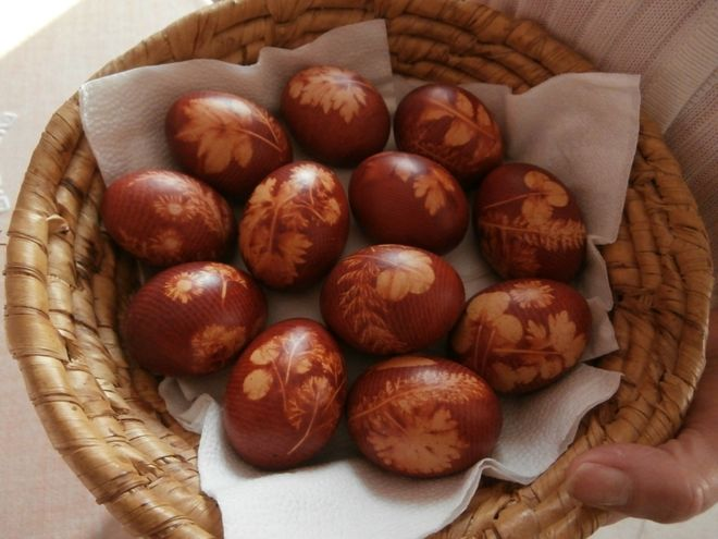 trứng kho lá ngò