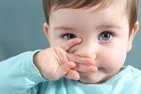 Bé bị sổ mũi xanh và những điều mẹ cần biết để chăm con thật tốt