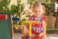 Các khu vui chơi trẻ em ngoài trời và những lưu ý liên quan ba mẹ cần quan tâm