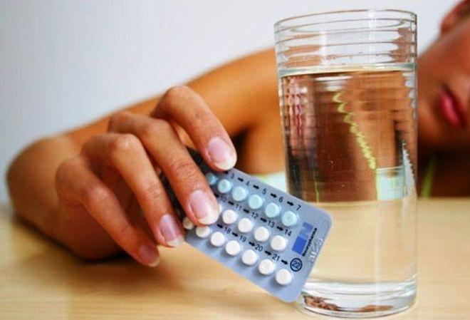 sau khi dừng uống thuốc ngừa thai, buồng trứng có khả năng sẽ rụng đến 2 trứng.