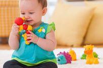 Mua đồ chơi cho bé - mẹ nên chọn đồ chơi giúp con thông minh
