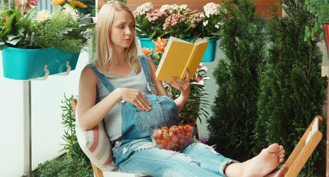 đọc truyện ngụ ngôn cho thai nhi