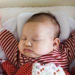 Sự phát triển của trẻ 3 tháng tuổi và những điều mẹ cần biết