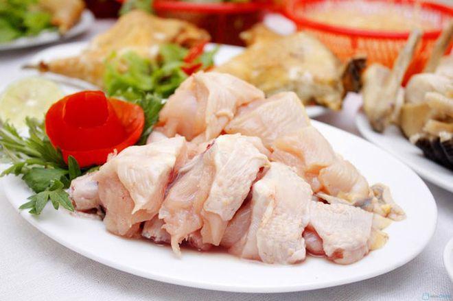 chặt thịt gà