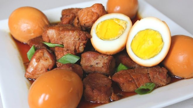 cách kho thịt với trứng