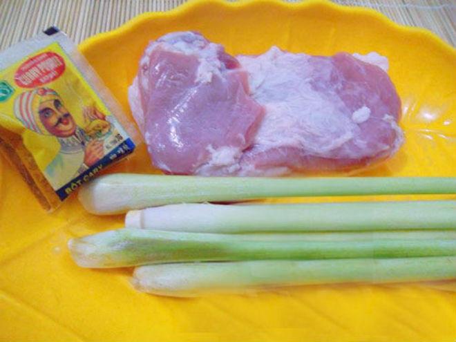 nguyên liệu rán thịt lợn truyền thống