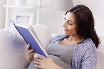 Mẹ bầu nên đọc sách gì cho bé nghe để trí não bé phát triển toàn diện