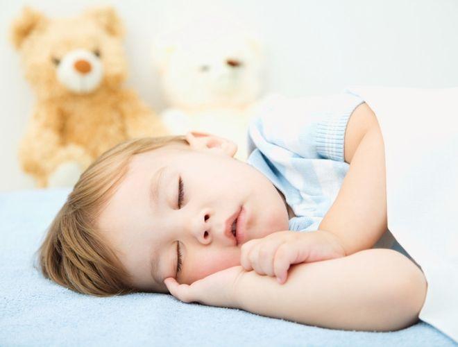 trẻ ngủ ngoan
