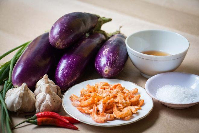 nguyên liệu cho cà tím xào tôm
