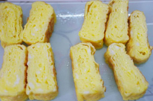 trứng cuộn
