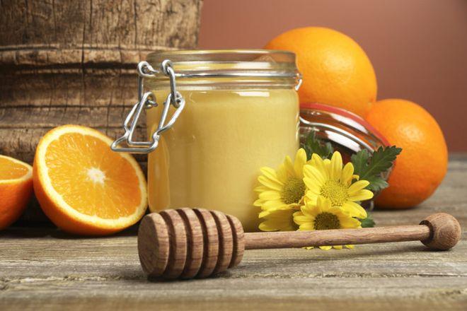 sữa ong chúa góp phần vào quá trình sản xuất estrogen – hormone sinh sản nữ