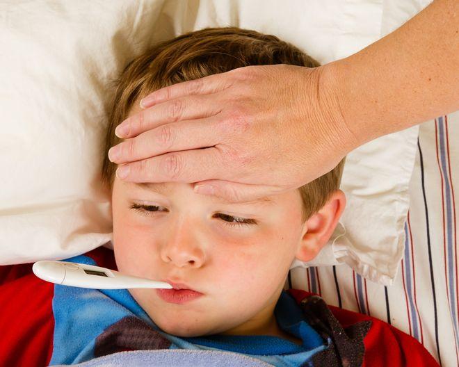 trẻ bị bệnh