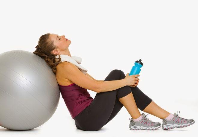 nếu tập thể dục quá sức, không điều độ cũng ảnh hưởng tới ngày rụng trứng