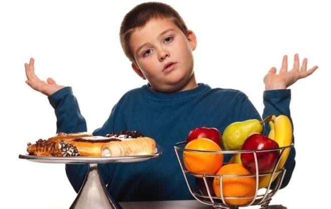 Trẻ béo phì cần có chế độ dinh dưỡng hợp lý để cải thiện cân nặng tích cực