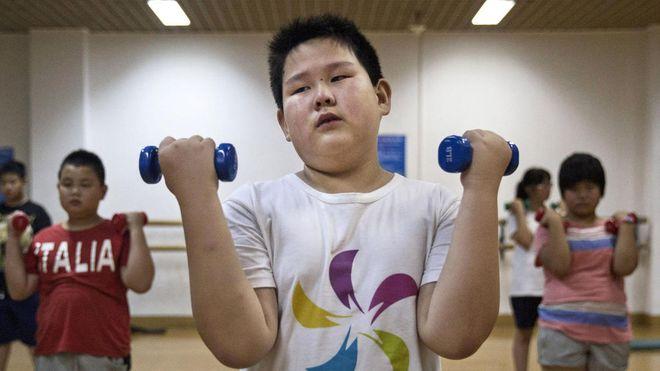 Trẻ béo phì cần phải được tập luyện thể dục thể thao thường xuyên