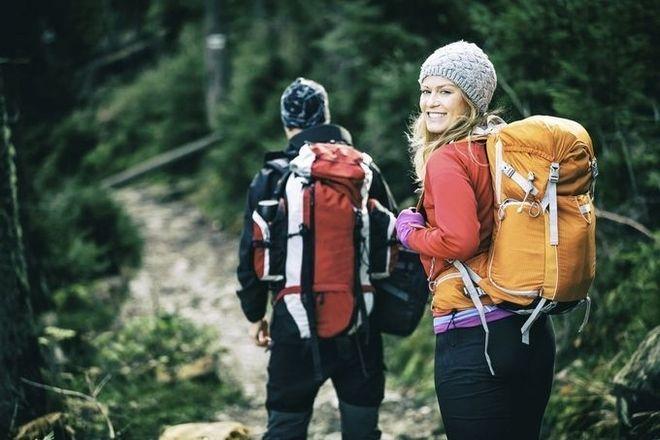 Trong thời gian đi du lịch, vợ chồng thường phải đi lại nhiều, tiêu hao năng lượng nên không nên thụ thai.