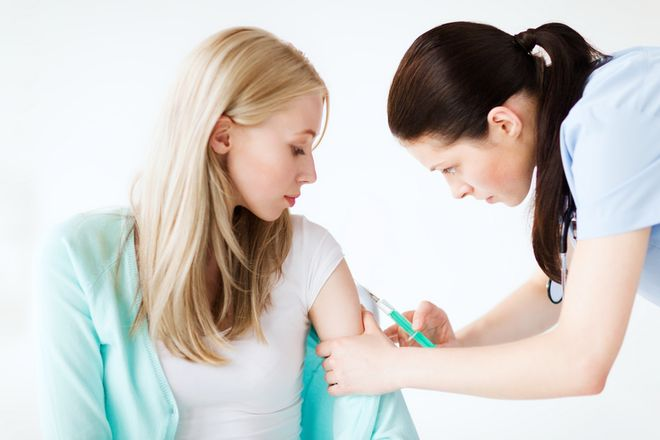 Chị em cần nhớ sau khi tiêm những loại vacxin này thì cần kiêng có bầu từ 3   6 tháng để không bị ảnh hưởng đến thai nhi.