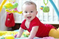 Cách làm đồ chơi cho bé dưới 1 tuổi cực đơn giản mẹ nên biết