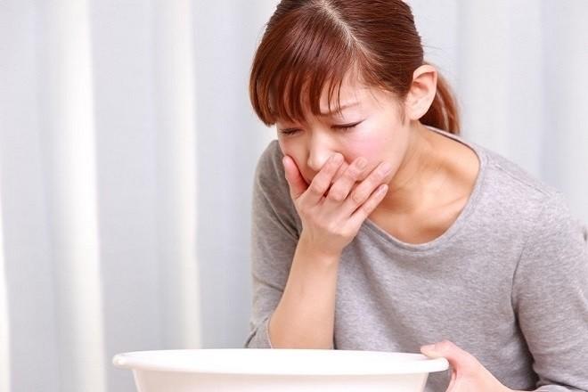 tác dụng phụ của thuốc tránh thai là gây buồn nôn