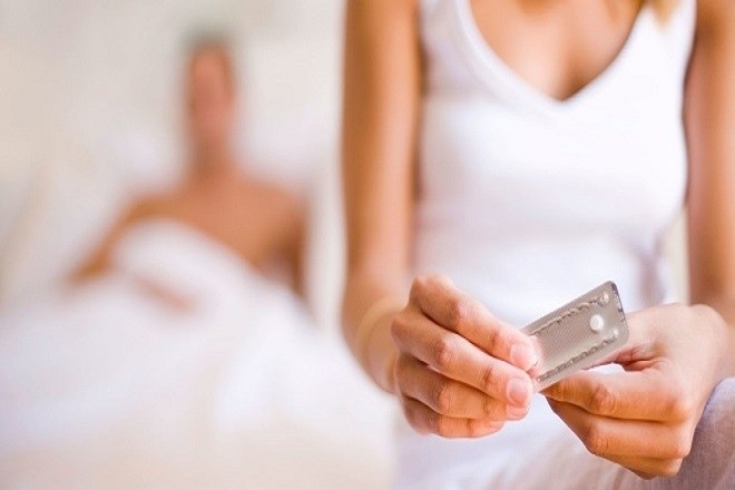 uống thuốc tránh thai khẩn cấp sau khi quan hệ tình dục