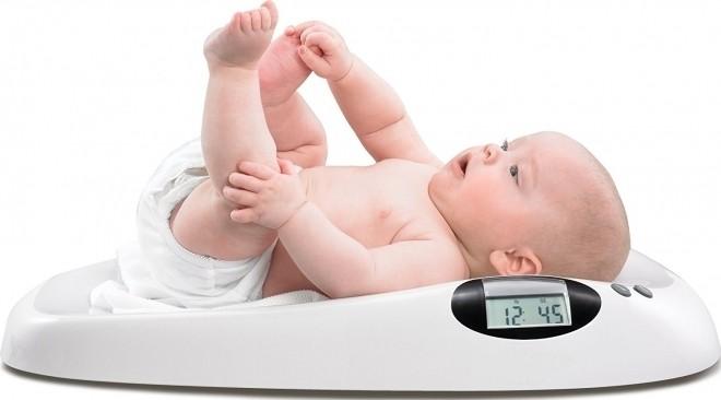 cân nặng cho trẻ sơ sinh